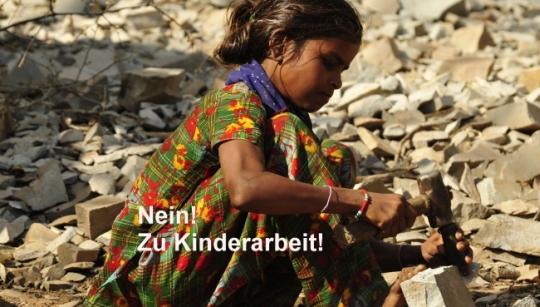 KA-342 Mädchen beim Steineklopfen - small2